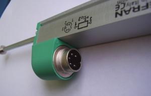 Датчик линейного перемещения PY-1-C. Коннектор.